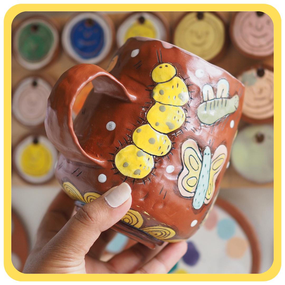 Laura Caroline Casas – How to use bisque molds to create a handbuilt mug